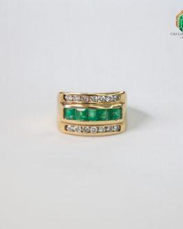 Anillo Oro Amarillo Con Esmeralda Banda Cuadrada y Diamante